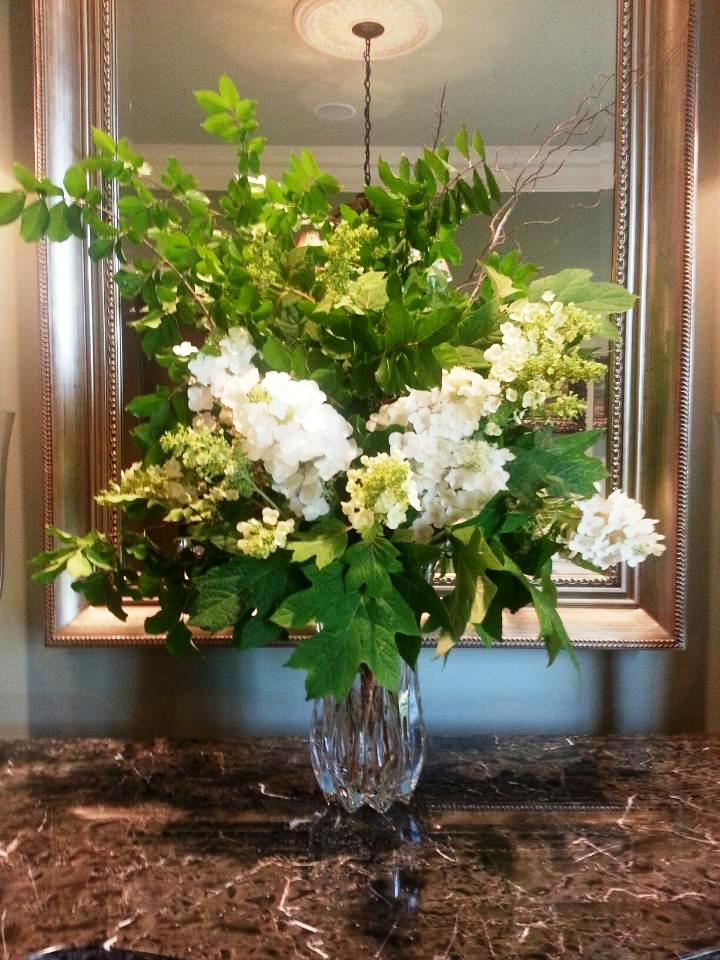 Green And White Tablescapes Beautifulgardener