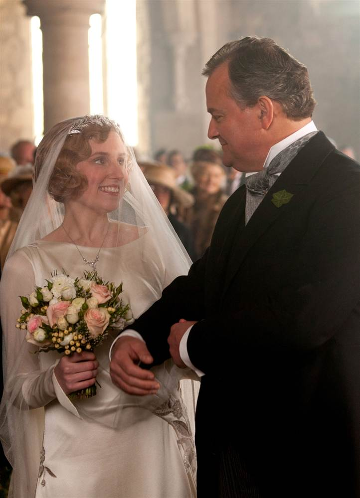 1B5528343-tdy-130111-lady-edith-wedding.blocks_desktop_large
