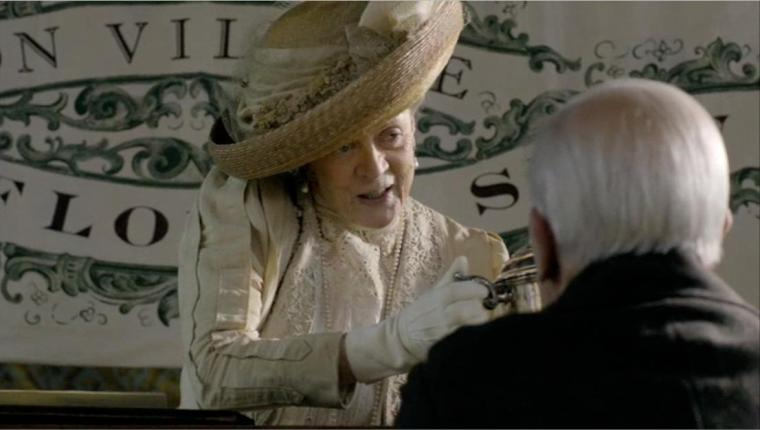 downton-abbey-5-dowager-countess